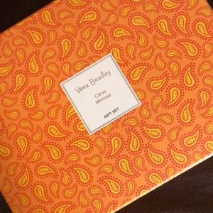 🌷🧡💯Vera Bradley Citrus Mimosa Gift Set, NIP